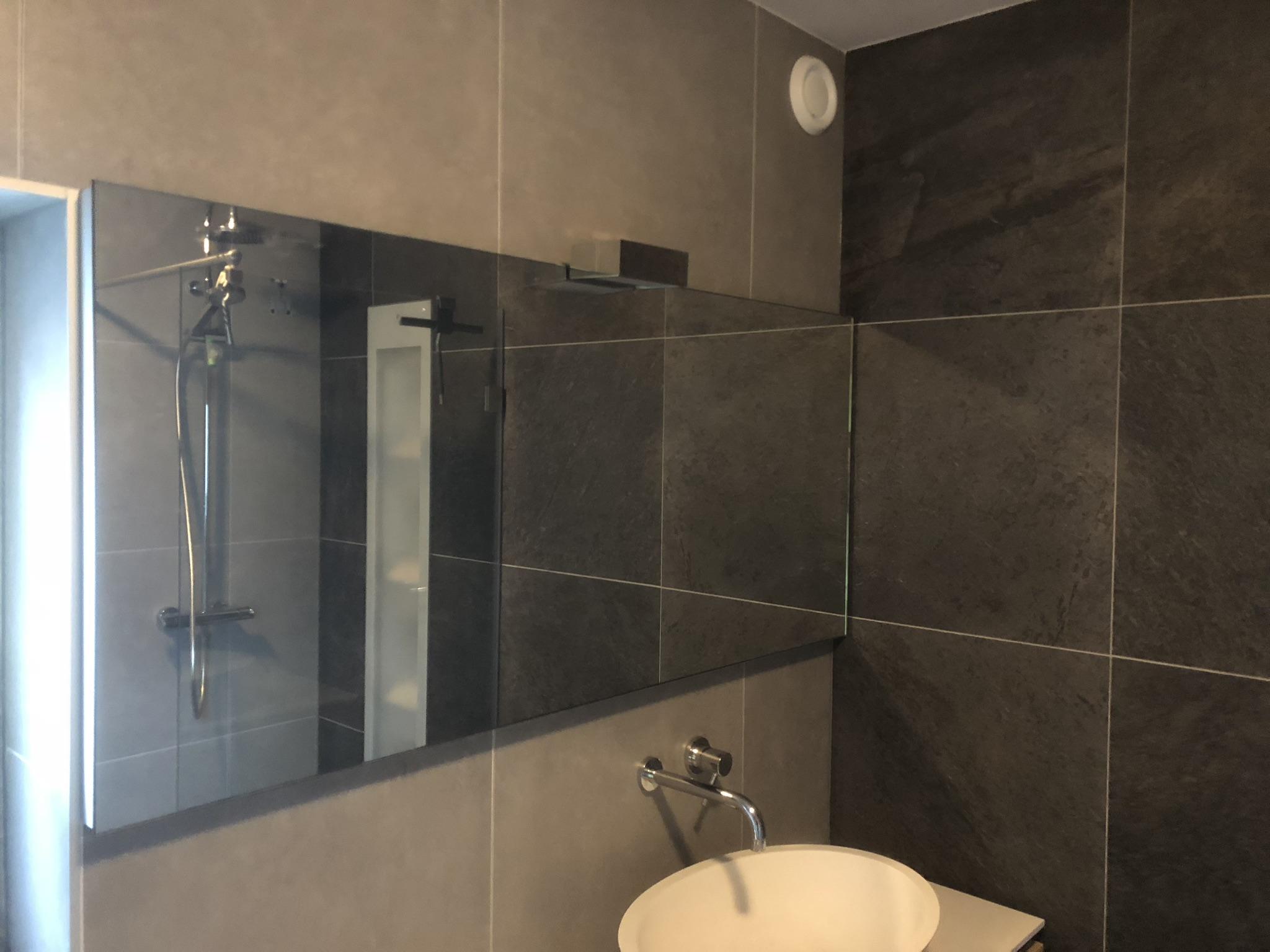Renovatie badkamer en toiletten in Hazerswoude-Rijndijk